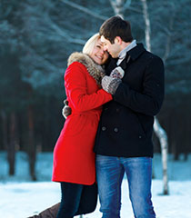 New Hampshire Weekend Getaway - Winter Romantic Couple