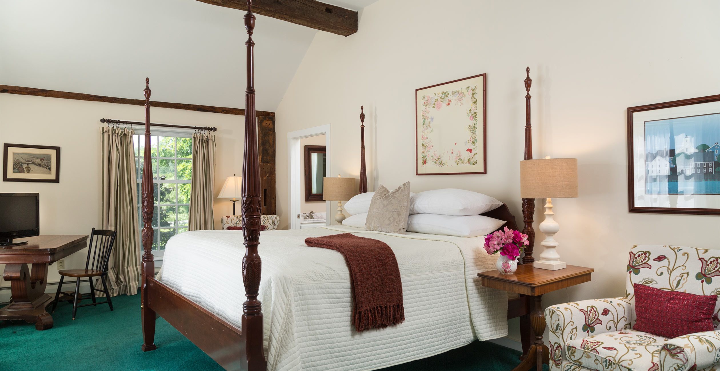 Room 16 at Chesterfield Inn - Where to Stay in NH