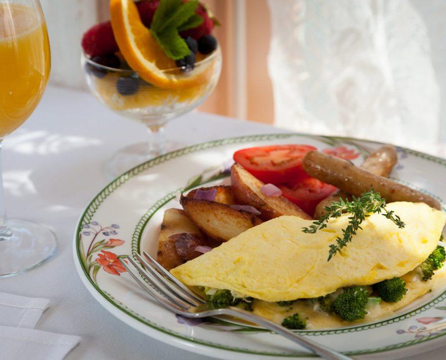 Delicious Breakfast Omelette