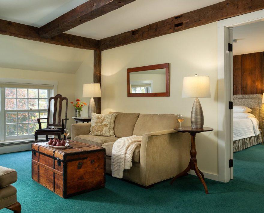 Room 15 Living Room